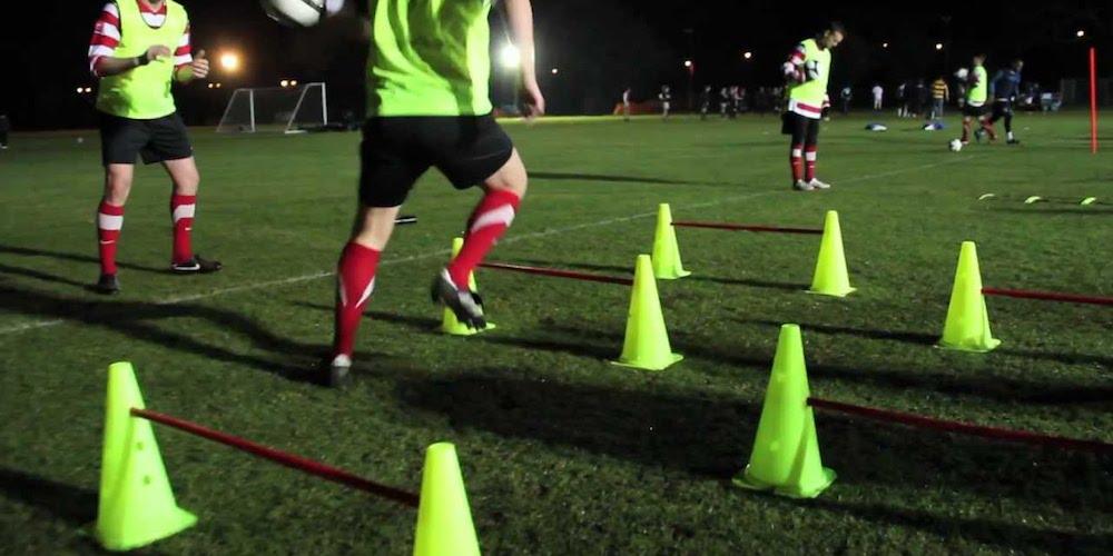 Allenamento campo da calcio